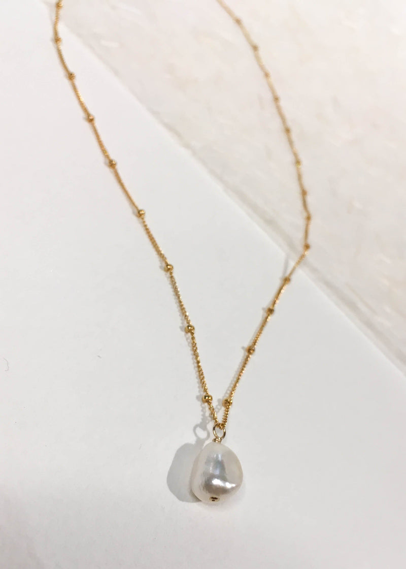 Freshwater Pearl Gold Filled Necklace - AMĒNAH