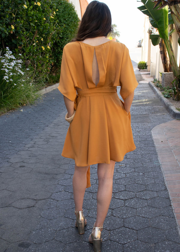 summer wrap dress, summer trends 2019, summer outfit ideas, summer dresses, summer 2019 trends, spring wrap dress, spring trends 2019, spring outfit ideas, spring dresses, spring 2019 trends, outfit ideas for summer, outfit ideas for spring, New arrivals, neutral tone outfit, cute wrap dress, side cutout dress, side cutout wrap dress, open side wrap dress, open side dress, kimono sleeve wrap dress