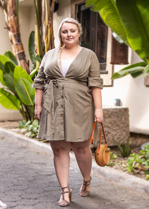 summer dress trends, summer dress, short sleeve dress, olive dress, green day dress, fit and flare dress, day dress, cotton dress, beach dress, plus sized dress, plus sized dresses for summer
