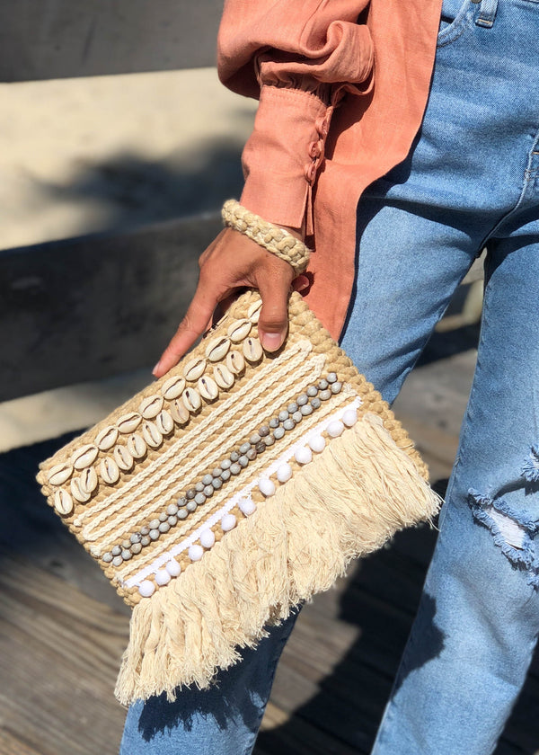 clutch, summer purse, summer clutch, puka shell bag, puka shells, accessories trends