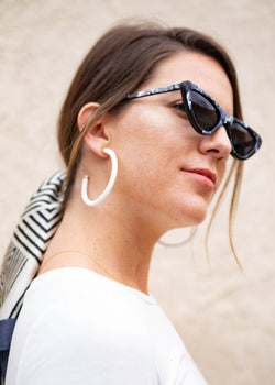 puka shell hoops, puka hoops, shell earrings, summer trends 2019, accessory trends, accessory ideas, summer accessory ideas, cute shell earrings, cute shell hoops, runway accessory trends
