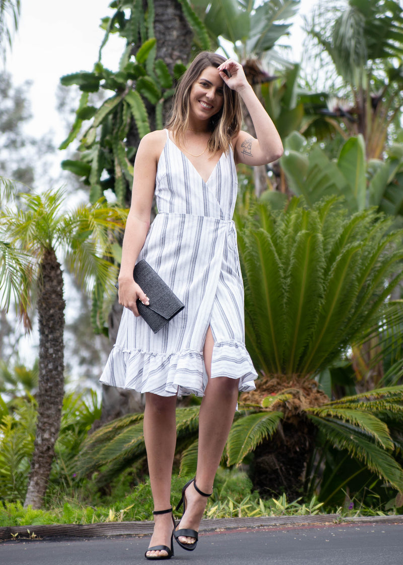 summer wrap dress, summer trends 2019, summer linen dress, summer 2019 trends, outfit ideas for summer, New arrivals, neutral tone outfit, linen wrap dress for summer, linen wrap dress, linen summer dress, cute linen dresses, cotton wrap dress for summer, beach summer dress, beach dress