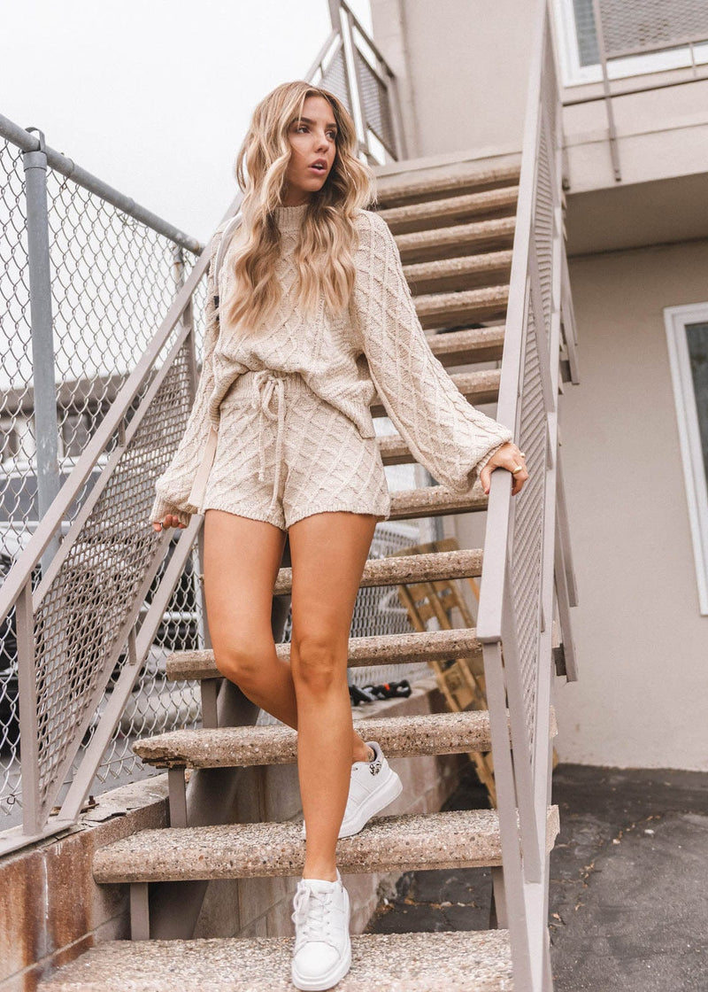 Multi Cable Knit Sweater Short - AMĒNAH