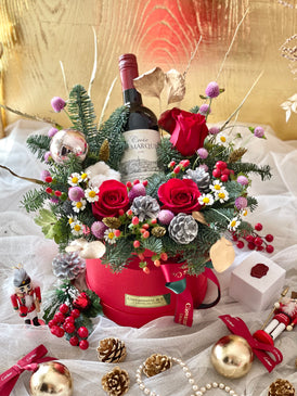 Les Festive Wine Bloom Box (Fresh Flowers)