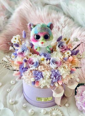 Beanie Boo Rainbow Hamster Blooms Box (Preserved Flowers)