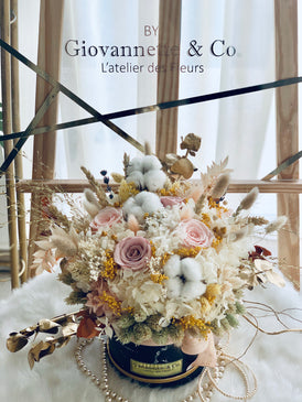 Everlasting Charm Blooms Box (Preserved Flowers)