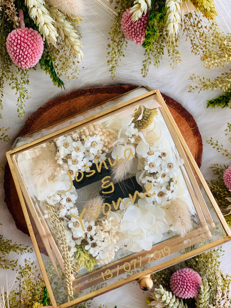 Personalized Gardenia Ring Box (Preserved Flower)