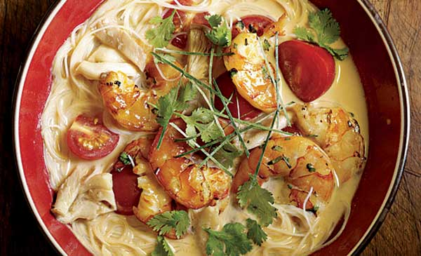 thai coconut noodle soup with tea-smoked shrimp