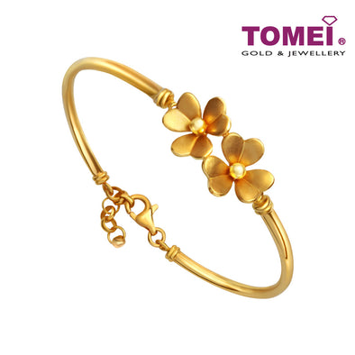 [Online Exclusive]  Boldly Bedazzling Duo of Floral Beauty Bangle | Tomei Yellow Gold 916 (22K) (BB0037-1C )