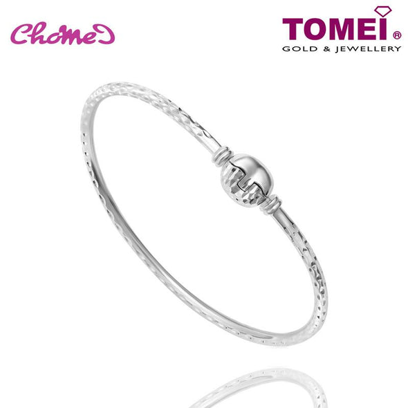Tomei White Gold 585 (14K) Chomel with Heart Clasp Bangle (P1)