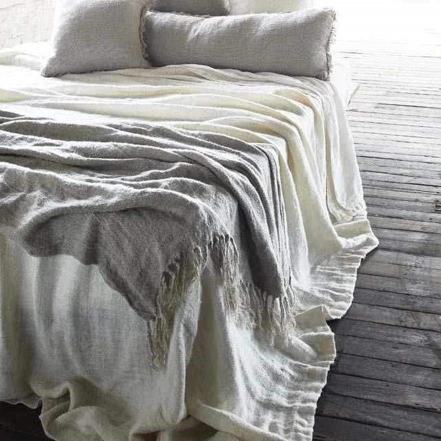 Bedouin Linen oversized throw in natural