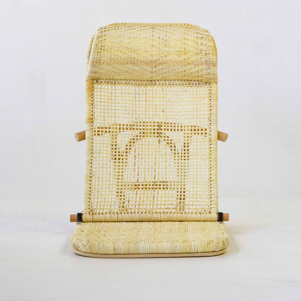 Beach folding chair in yellow rattan