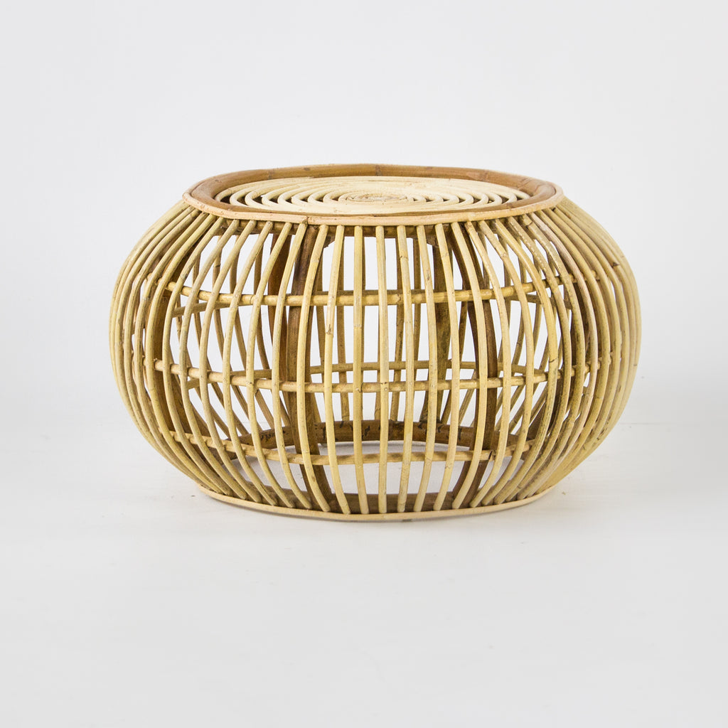 Round rattan side table in blonde