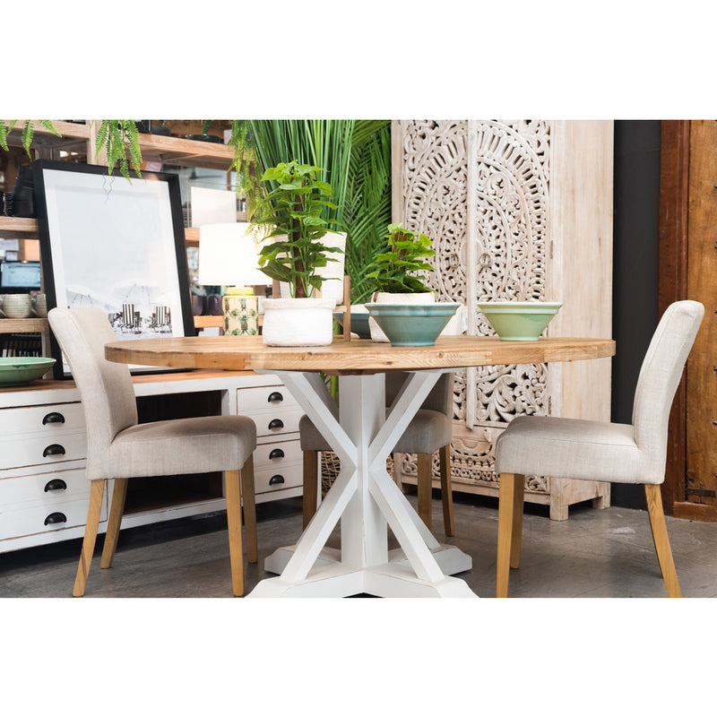 Beach round dining table in white