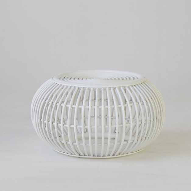 Round rattan side table in white