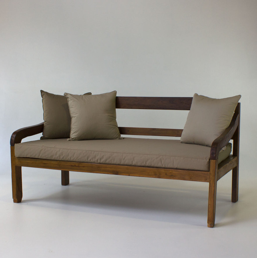 Boatwood daybed 2 x 1 metre incl. mattress