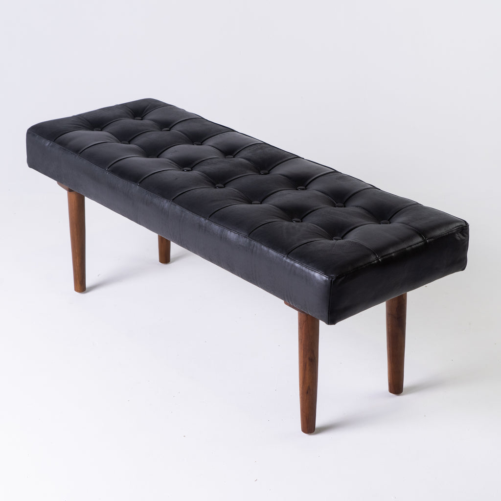 Leather bench in black