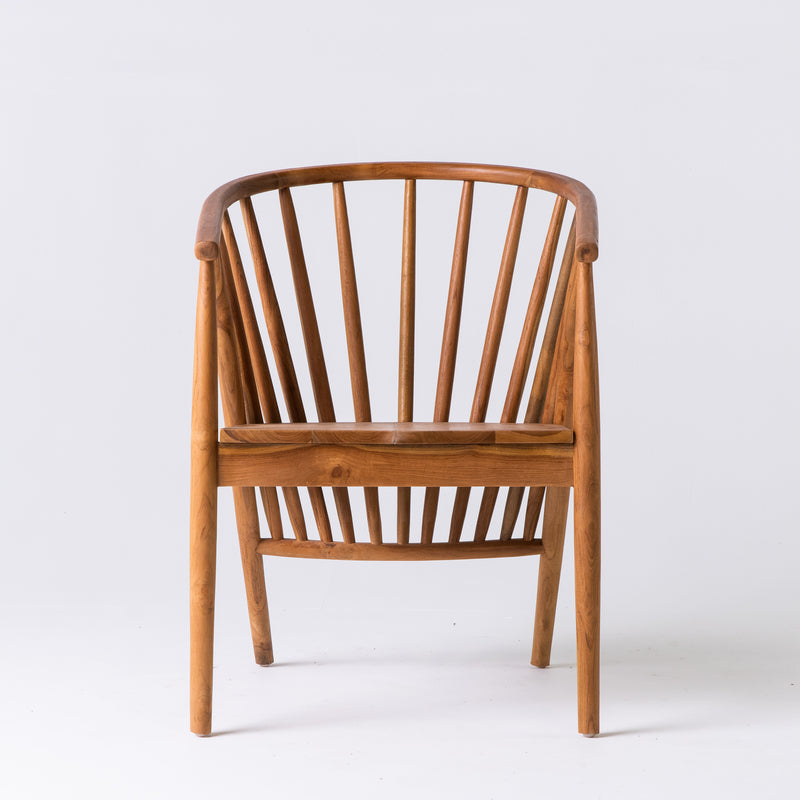 Spindle teak chair