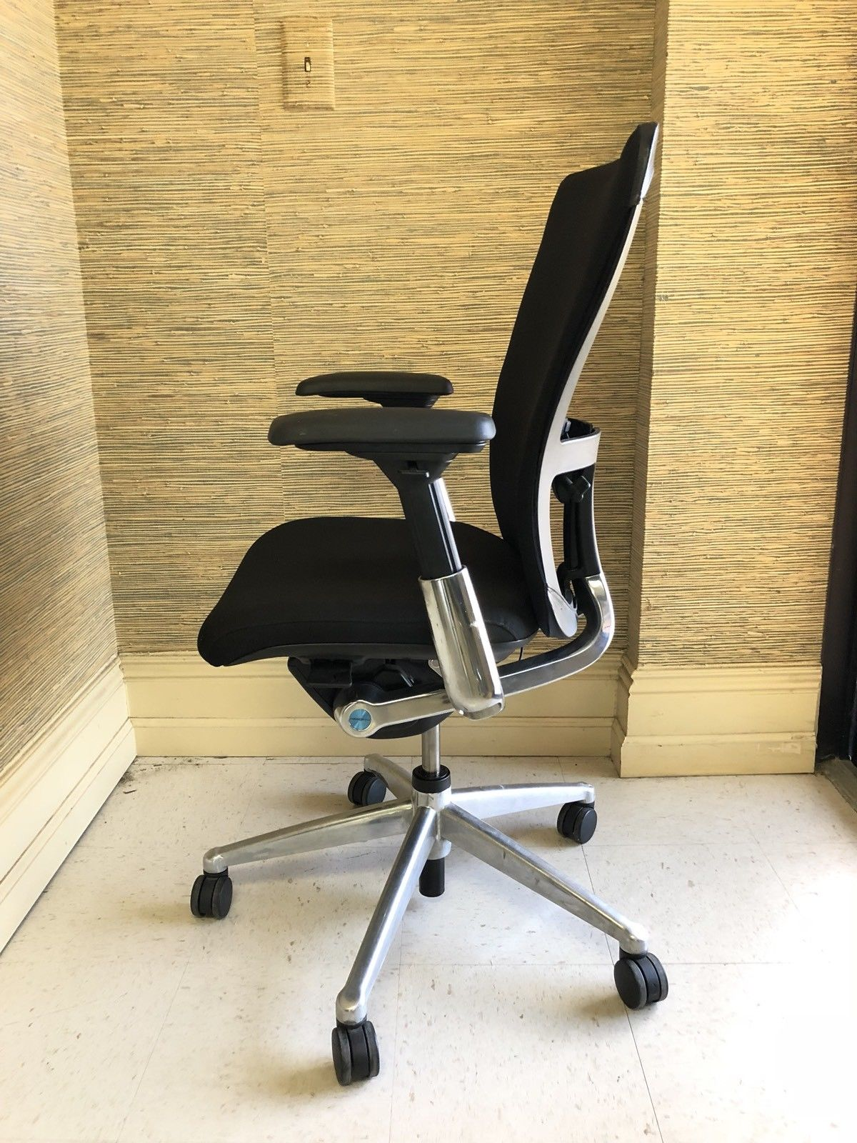 Prime Ergonomic Haworth Zody Office Chairs Office Chair Solutions Gmtry Best Dining Table And Chair Ideas Images Gmtryco