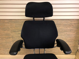Pre-Owned Polished Aluminum Humanscale Freedom Executive Chair with Headrest