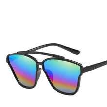 Load image into Gallery viewer, Sleek Street Savvy Distinctive Super Chic Sunglasses - Mix Colors