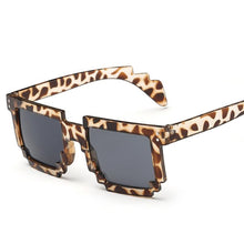 Load image into Gallery viewer, Square Metal Trim Modern Glam Sunglasses - Mix Colors