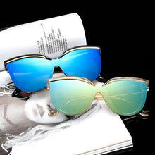 Load image into Gallery viewer, Wholesale Hipster Tear Drop Cat Eye Lens Plastic Sunglasses  - Mix Colors