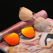 Load image into Gallery viewer, Exaggerated Cat Eye Sunglasses - Mix Colors