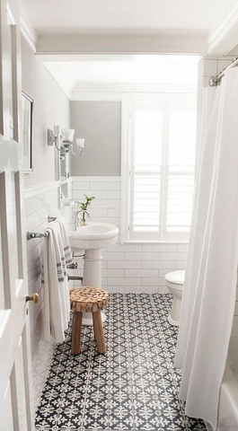 Give a classic look to your bathrooms