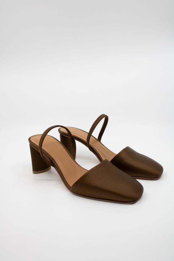 LoQ Satin Heeled Mules