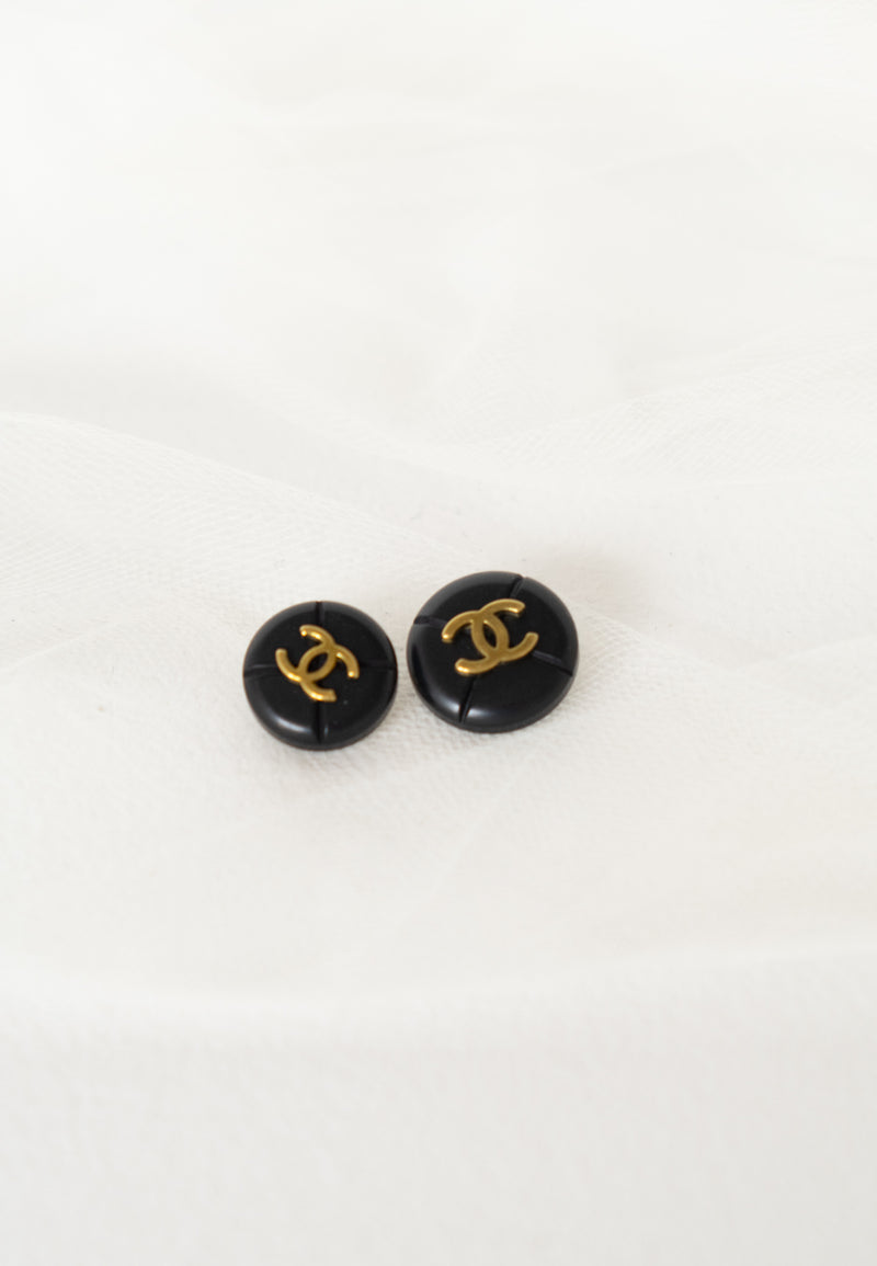 Chanel, Set of 2 Vintage Textued Black & Gold Buttons
