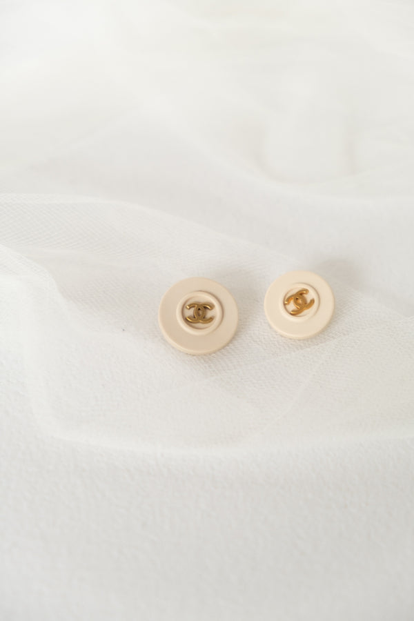 Chanel, Set of 2 Vintage Resin Buttons