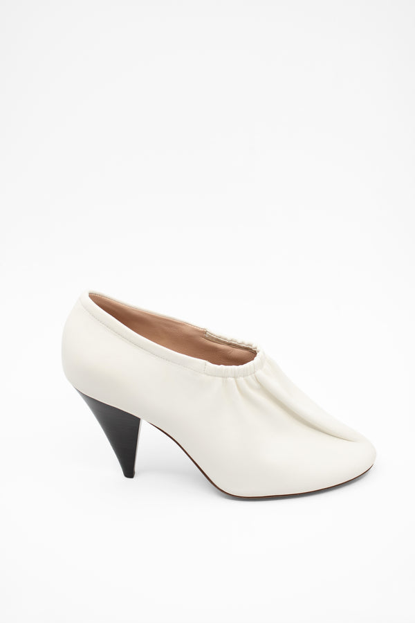Celine Ballerina Leather Pumps