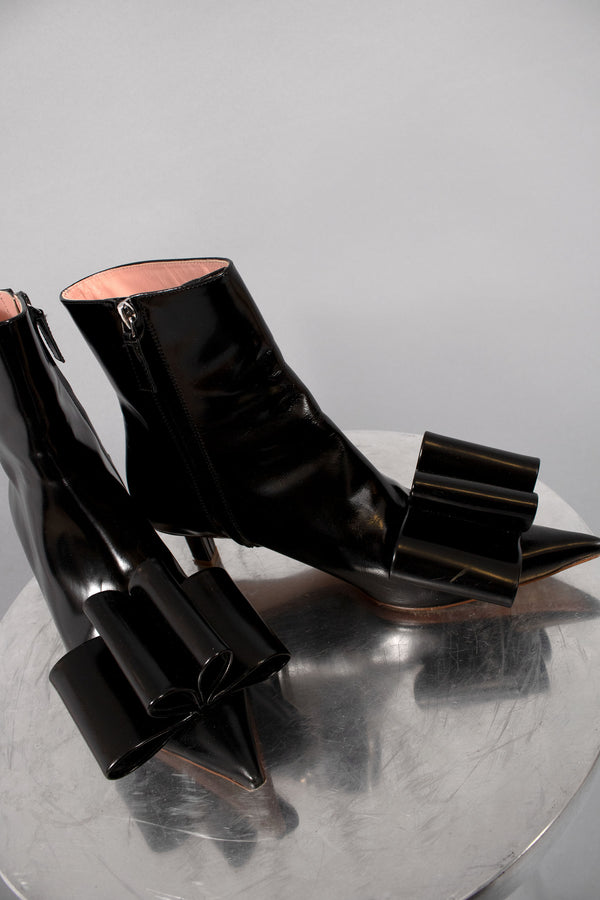 Marc Jacobs Ankle Boot with Bow (Est. Retail $550)