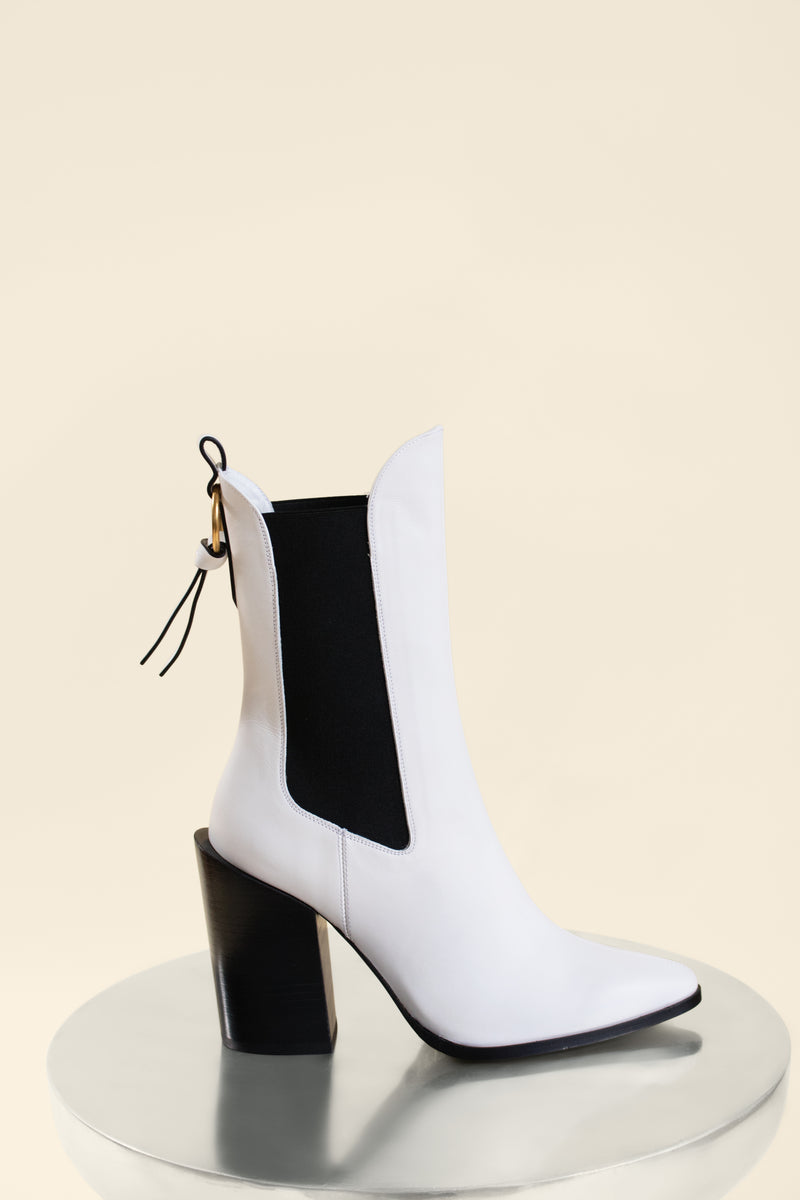 Frame  'Le Manhattan' Bootie | New with Tags (est. retail $595)