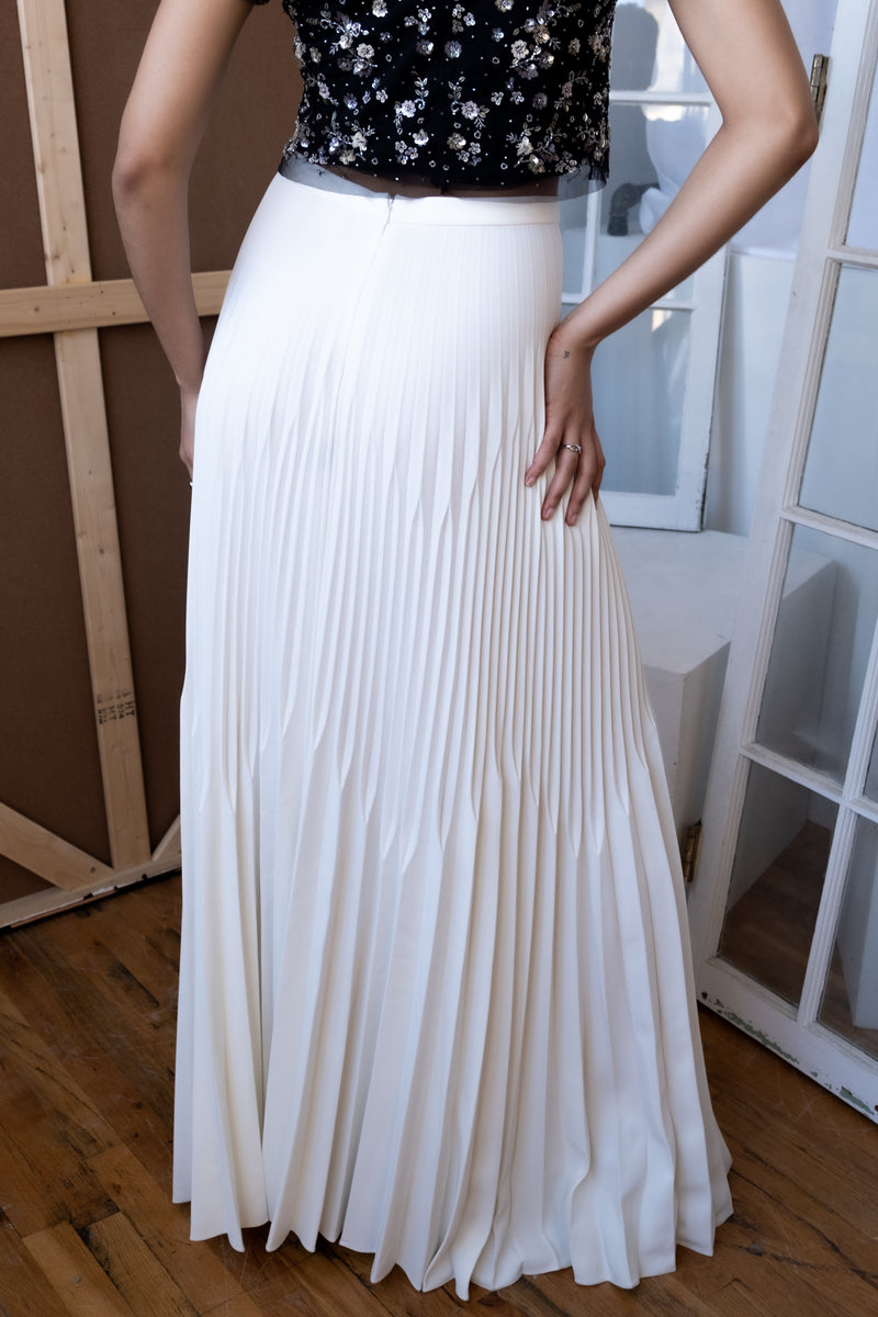 Julianna Bass 'Isabella' Stretch Crepe Ivory Pleated Skirt (Est. retail $1,295)