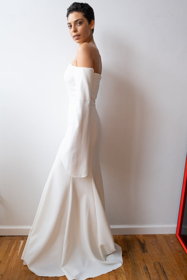 Julianna Bass 'Nicollette' Stretch Crepe Ivory Gown (Est. retail $1,850)