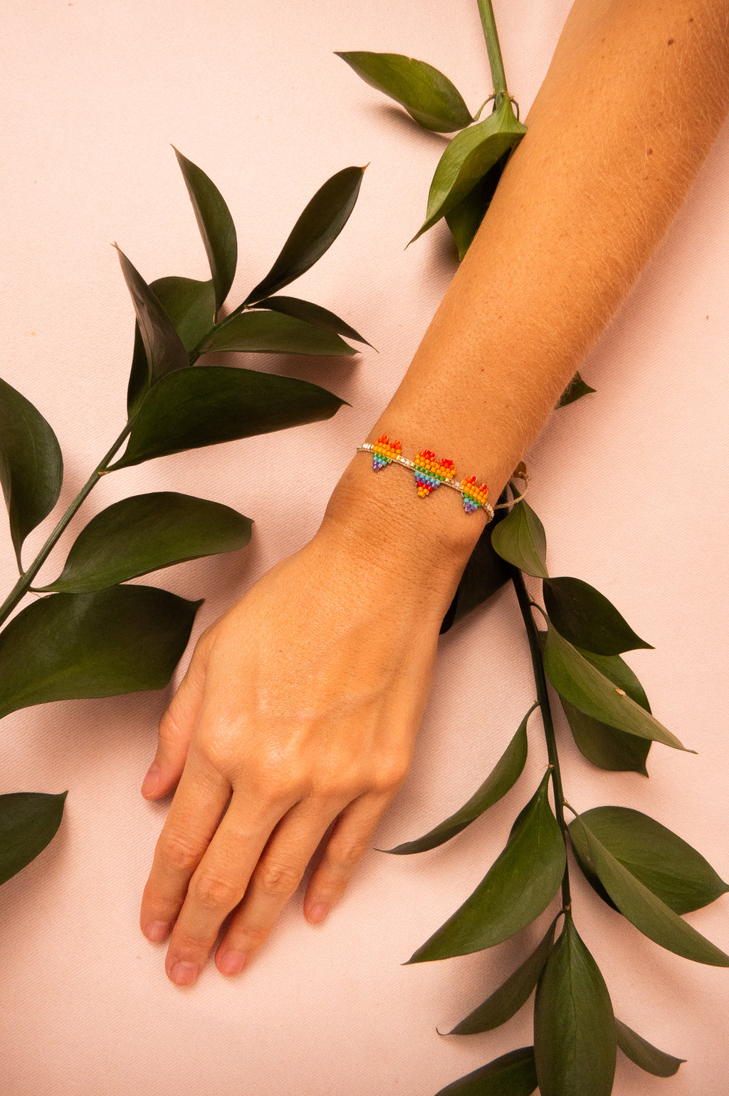 Pulsera Rainbow Triple Heartsy Row | MISHKY