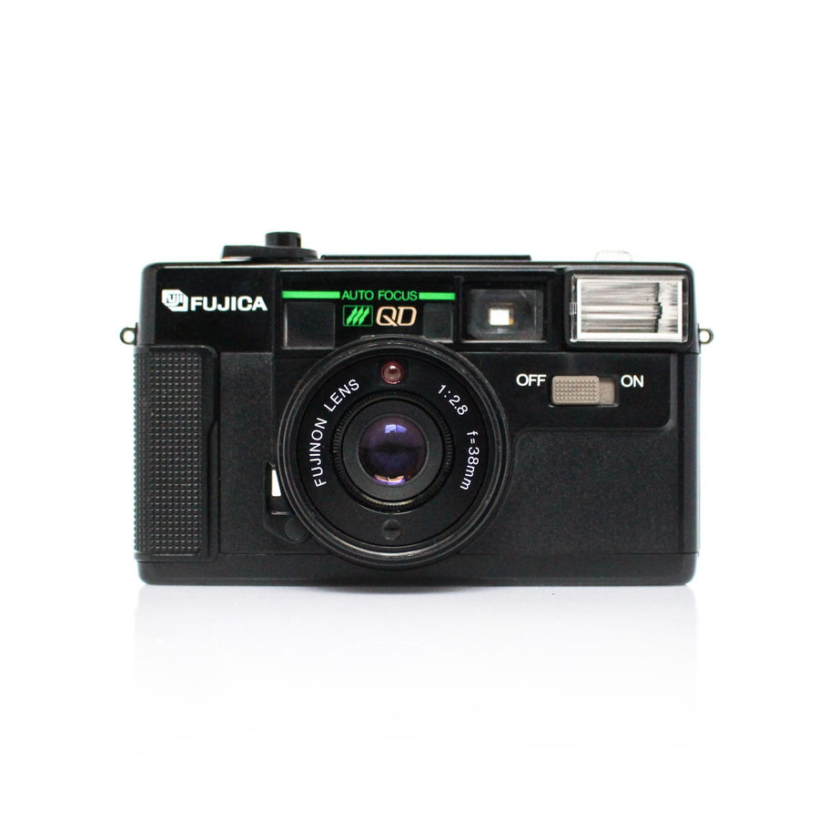 FUJICA Auto-7 Quartz Date Fujinon Lens 38 mm f2.8 Point and Shoot Film Camera