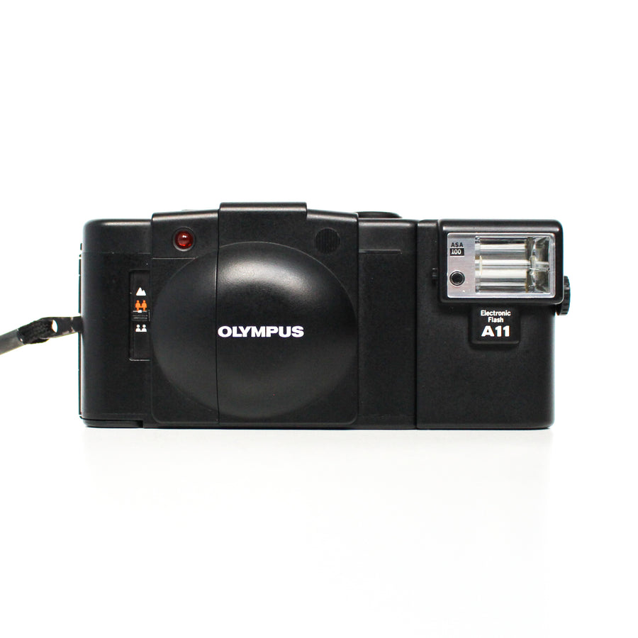 OLYMPUS XA2 35mm f/3.5 Zone-focusing Point and Shoot Film Camera