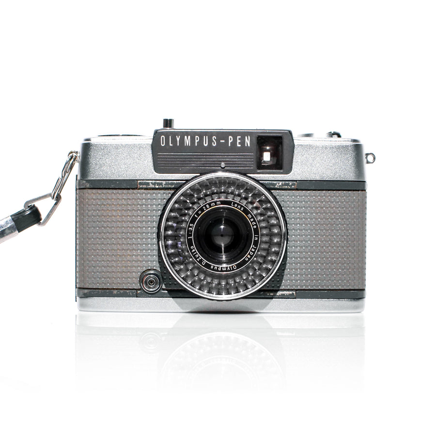 OLYMPUS Pen EE-2 Point and Shoot Film Camera