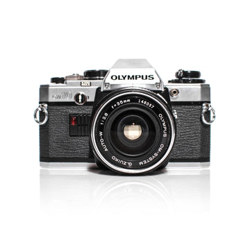 OLYMPUS OM-10 SLR 35mm Film Camera W/ OM-System Zuiko 35mm f2.8 Lens