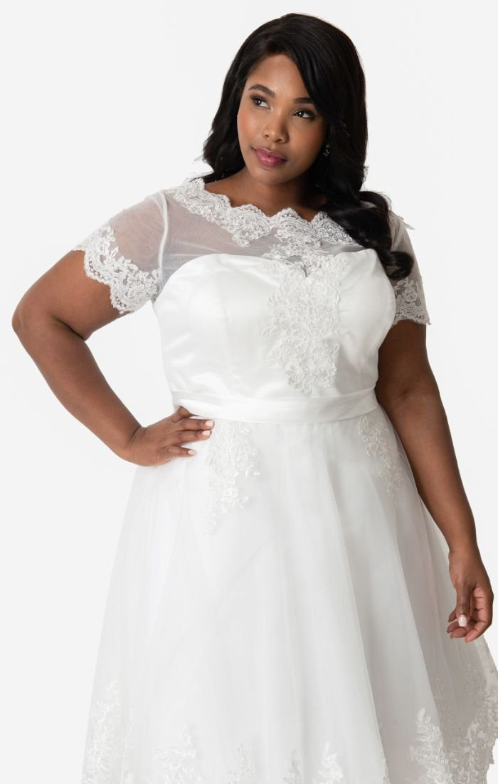 1950s White Lace Short Sleeve Wedding Dress Available in Plus Size-Cannes - Blanche's Place
