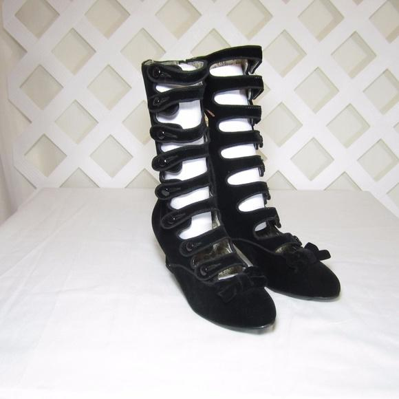 Ladies Black Velvet Edwardian Boots-Size 6