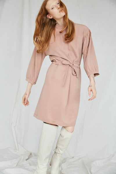 Eve Gravel Sonora Dress in Dusty Pink with a relaxed fit and self-tie waist