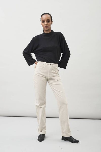 Livo Turtle Neck Top in Black