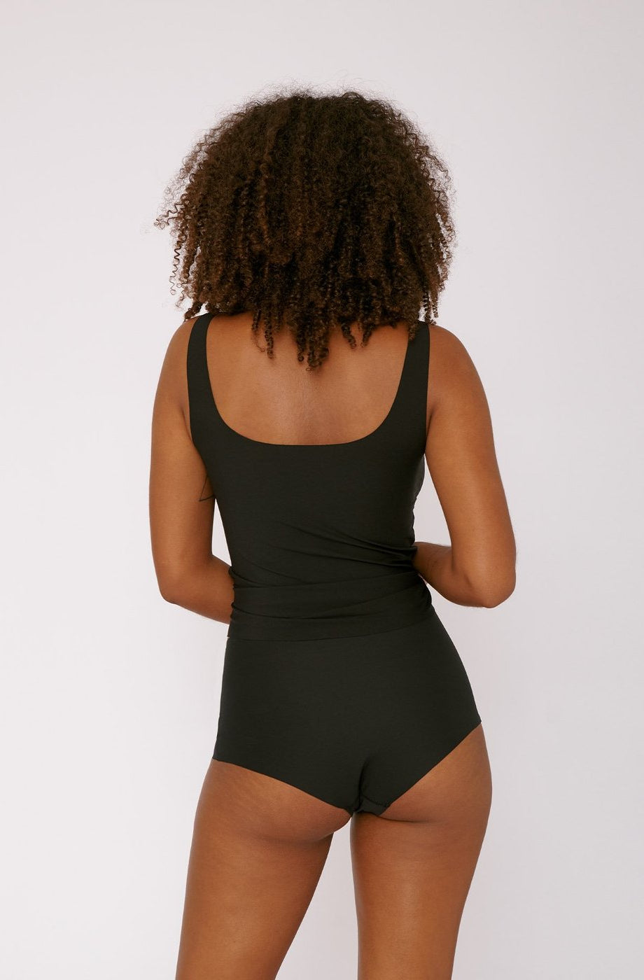 Organic Basics Invisible Cheeky High Rise 2-Pack in Taupe with an ultra-comforting and seamless shape