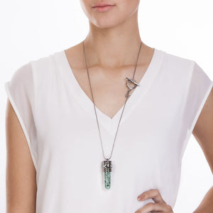 MD278B - ENERGY NECKLACE - GREEN QUARTZ - ICONIC - RPV International Trading LLC