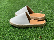 Load image into Gallery viewer, Sequoia Closed Toe Espadrille-Poppy Street