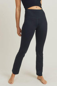 Straight-Leg Essential Performance Leggings-Poppy Street
